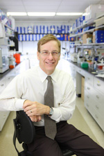 Penn Dental Medicine's Dr. Graves Receives IADR's Distinguished Scientist Award
